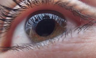Mata akan menjadi petunjuk abjad seseorang 7 Kondisi Mata dan Artinya Terhadap Kesehatan