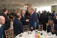 Ban Ki-moon greets former US Vice President and climate activist Al Gore at the luncheon on 22 April. (Credit:   UN Photo/Eskinder Debebe) Click to Enlarge.