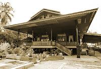 Keunikan-Rumah-Adat-Tradisional-Bandayo-Poboide-Daerah-Gorontalo