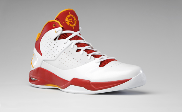 """fa1715adc80162 We now have a closer look at the Jordan Fly Wade PE that """"Flash"""" has been  wearing in the Miami Heat s home games. The predominately white  leather-textured ..."""