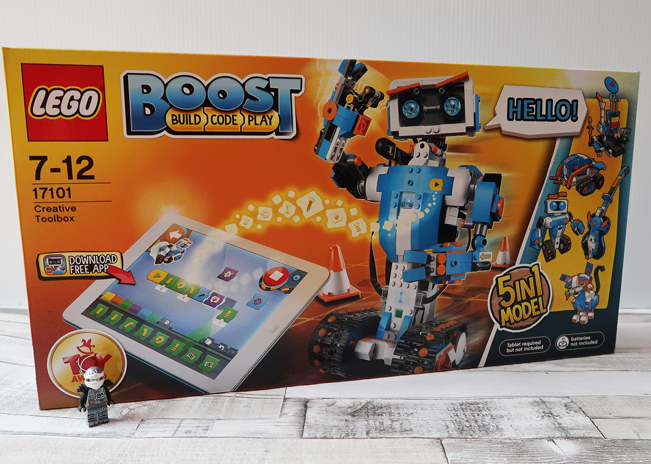The box is unsuitable for long-term storage of a kit with lots of bits that arenu0027t all used in a particular model. Youu0027re not going to want to get the LEGO ... & LEGO Boost Creative Toolbox Hands-On Review