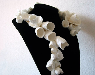 paper flowers jewelry: statement necklace