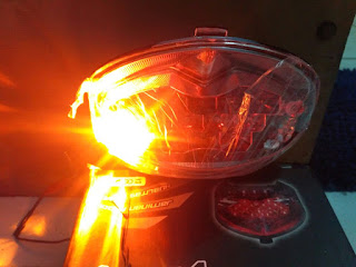 Lampu Belakang Vixion Old