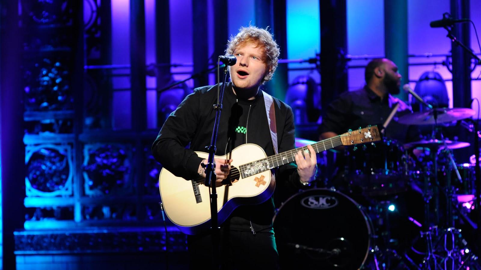 Ed Sheeran presenta 'Shape Of You' y 'Castle On The Hill' en SNL