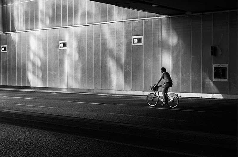 Street Photography by Philip Marcelo from Milan, Italy.