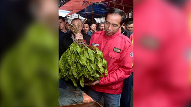 Jokowi Sindir Sandiaga: Jangan Teriak Harga Mahal, Pedagang Marah