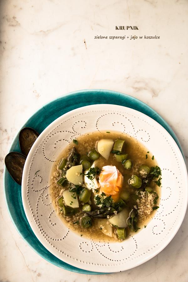 krupnik, szparagi, jajka, zupa