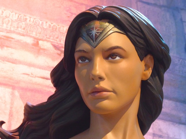 Batman v Superman Wonder Woman tiara
