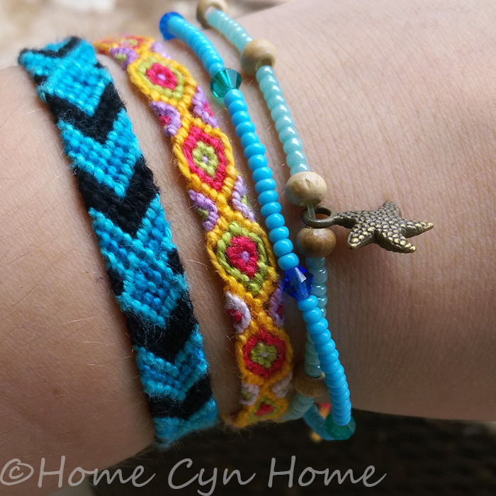 Friendship bracelets are called Bracelet Brésiliens in French, and were all the rage in the 80's and 90's. Kids who could knot them were the cool kids.