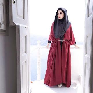 Tips Gaya Hijab Casual ala Zaskia Sungkar