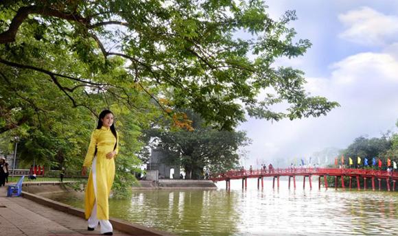 Top tourist destination in Hanoi city, Vietnam 1