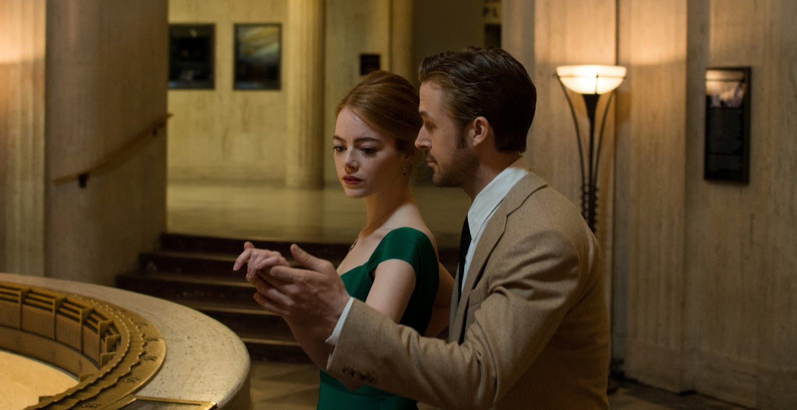 Box Office: \'La La Land\' Opens On A High Note, \'Office Christmas ...