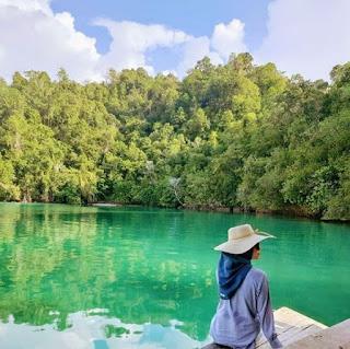 Danau Unauna
