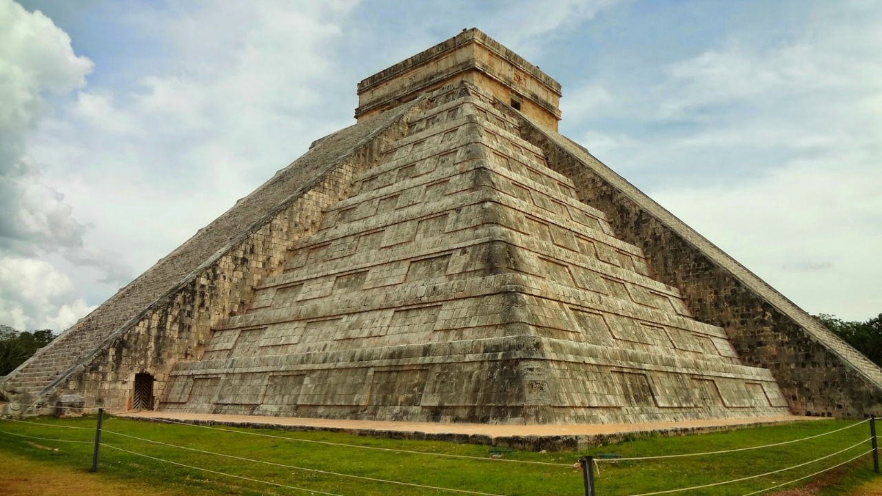 El Castillo Templo Kukulkán Cancun