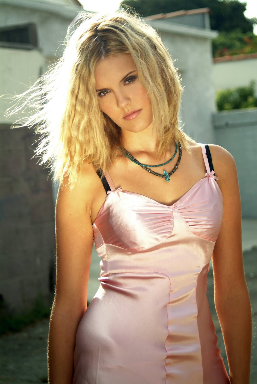 The Best Artis Collection Maggie Grace Top Women Actress