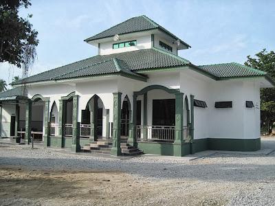 Masjid Solahuddin Al Ayubi, Selising
