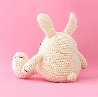 Bunny amigurumi crochet
