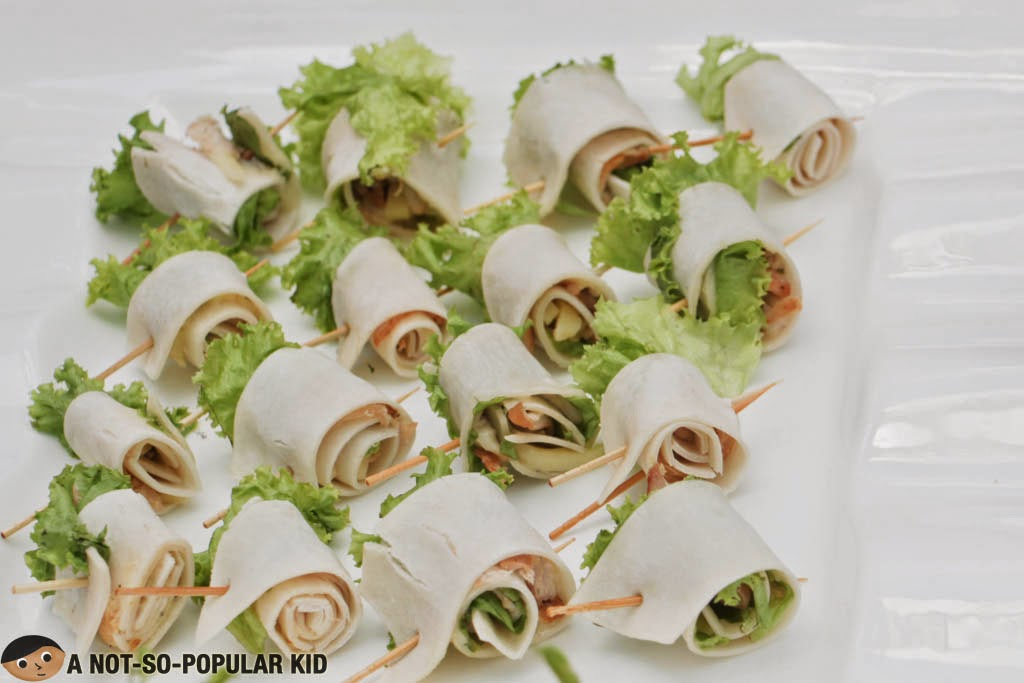 Refreshing Chicken Panizza Roll
