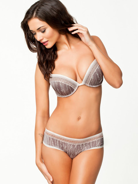 amy jackson at nelly swimwear lingerie september 2014 2%2B%25281%2529 - Best 40 Lingrie(Bikini) Images Of Amy Jackson Sexy Photos Of British Model I & Enthiran Actress Showed Everything For Modeling in UK Before Entering into the Indian Film Industry