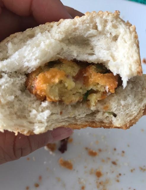 Street food, Mauritius, gateau piment with bread