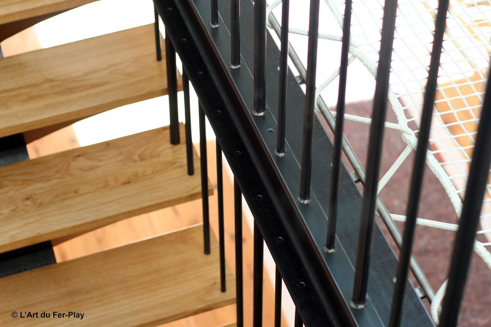 Ferronnerie m tallerie serrurerie 79 deux s vres l 39 art du fer play escalier droit rampe et - Fabriquer une verriere en fer ...