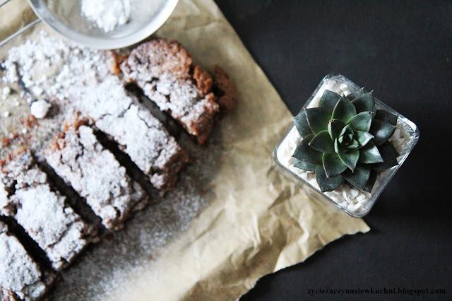 Dietetyczne ciasto z cukinii