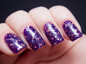 Chalkboard Nails: Pretty and Polished Watch It In CD!