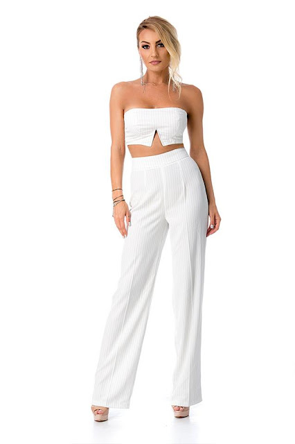 Conjunto pantalón y top blanco