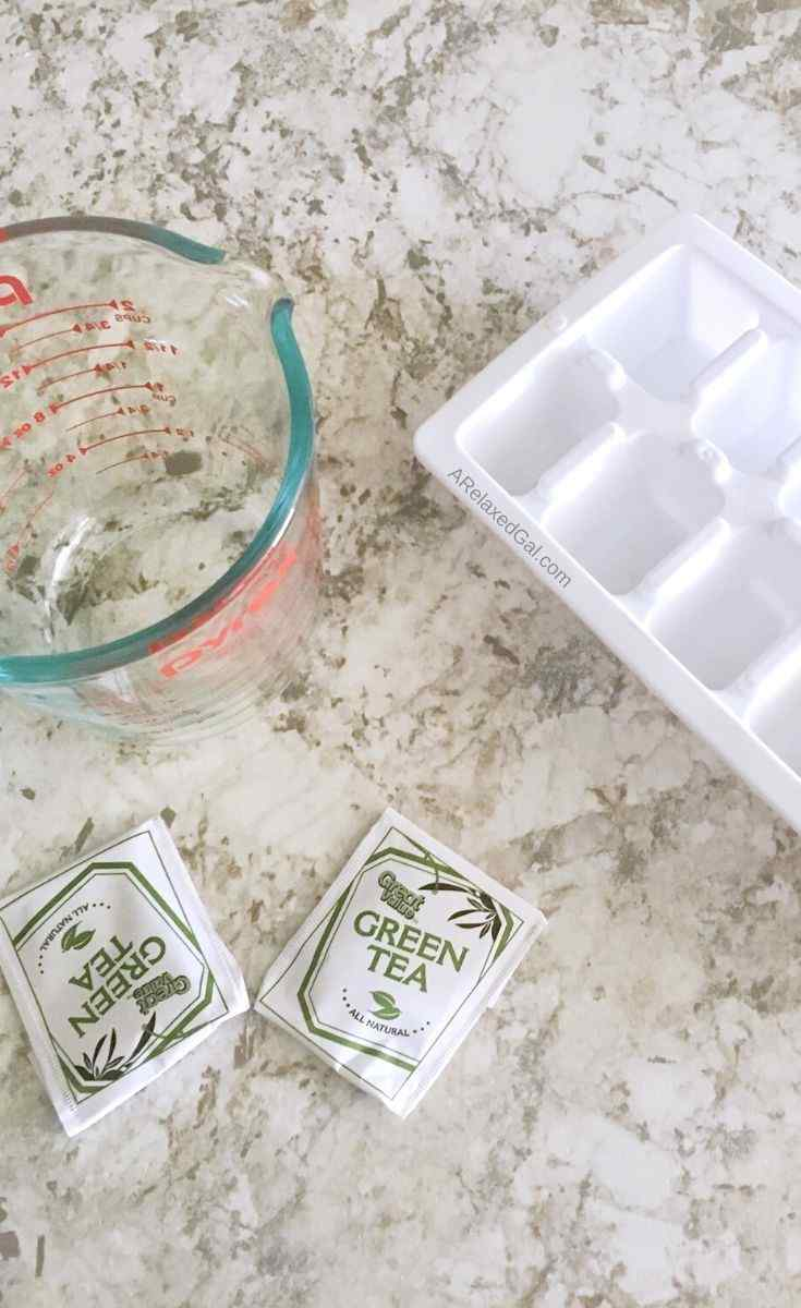 How to prepare tea rinses for hair | A Relaxed Gal