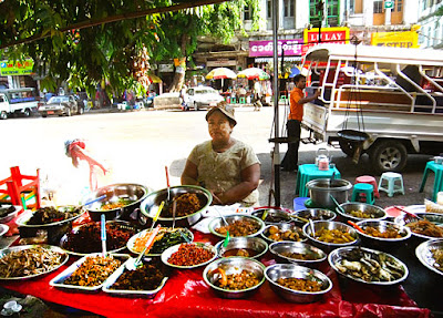 Myanmar street food in Yangon 1