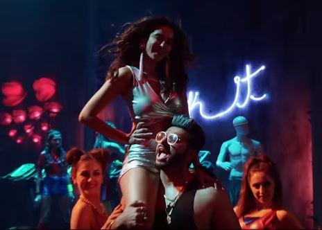 Chavanprash Video - Tere Chumme mein Chavanprash Hai   Arjun Kapoor & Harshvardhan Kapoor