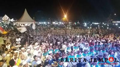 Ribuan Jamaah Hadiri Sholawatan di Seputih Banyak Lamteng
