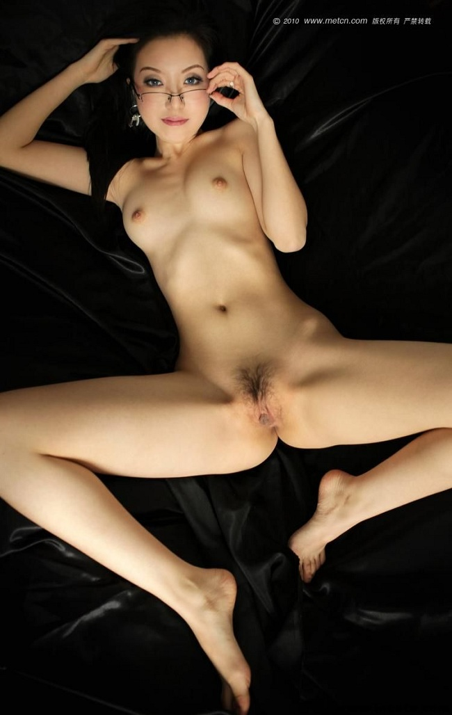 Hot japanese woman gets stimulated by toys part 2 8