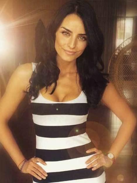 !Aislinn Derbez es una mujer muy sensual! ¡Mira sus fotos! 5.6