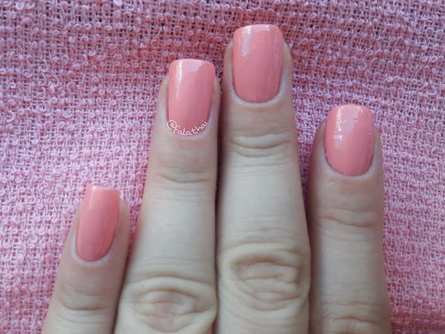 Luíza esmalte colorex - nas unhas