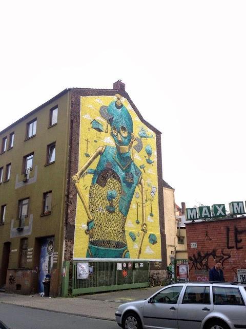 "Italian Street Artist Pixel Pancho Paints ""Rusted Ideas"" Mural In Dusseldorf, Germany. 3"