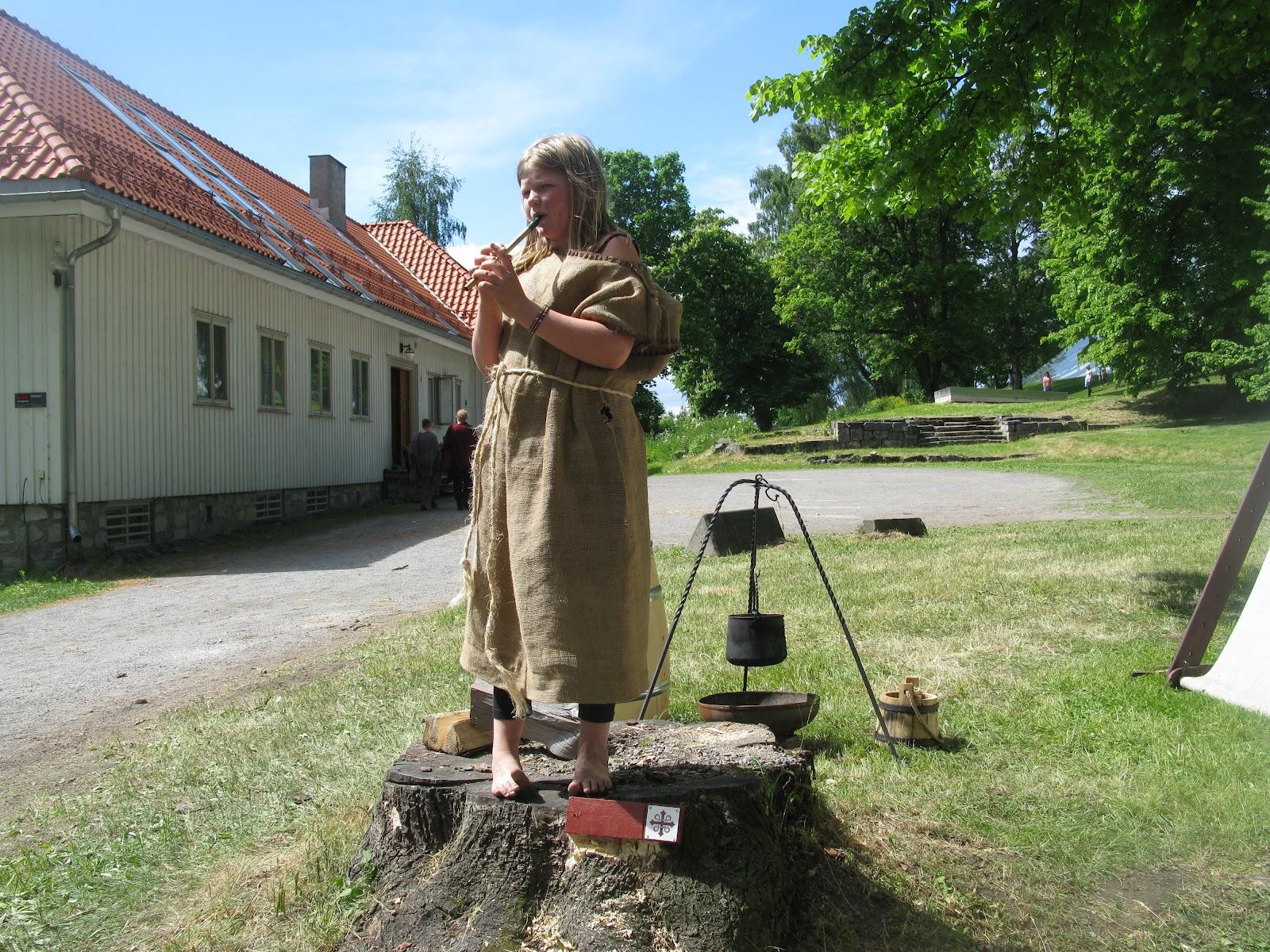 barna lære middelalderen i urtehagen