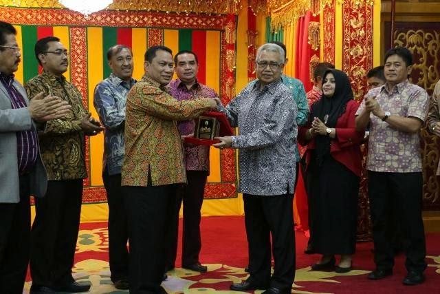 Fokus Pemerintah Aceh Perluasan Jalan Wilayah Tengah