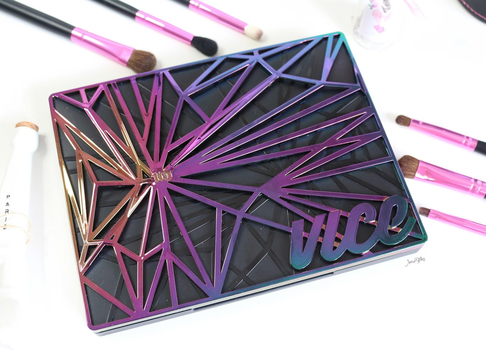 urban decay vice 4, urban decay vice, vice 4, vice palette, urban decay vice 4 palette, eyeshadow palette, review, swatches, urban decay