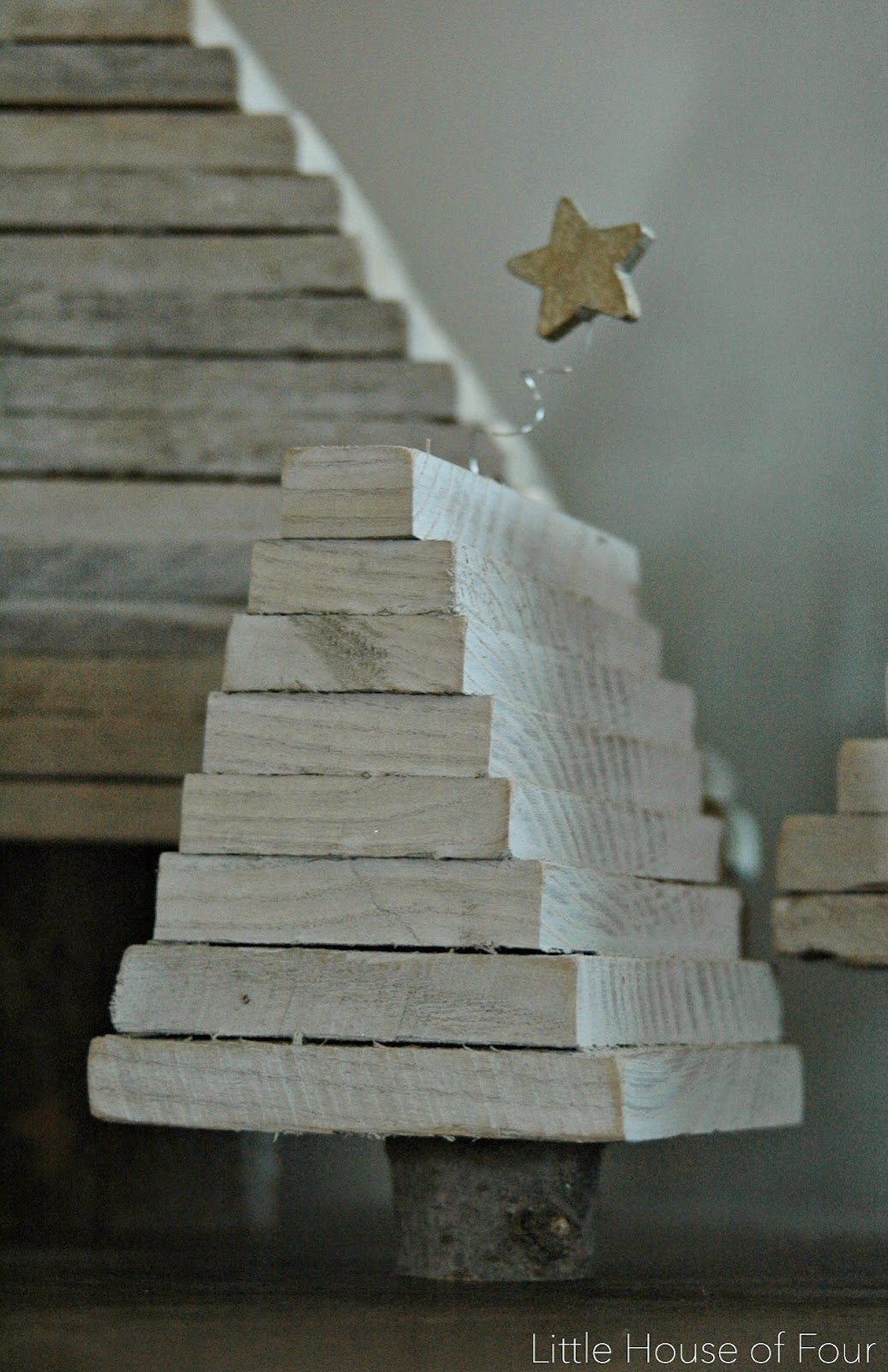 Easy and Rustic Pallet Christmas Trees | Little House of ...