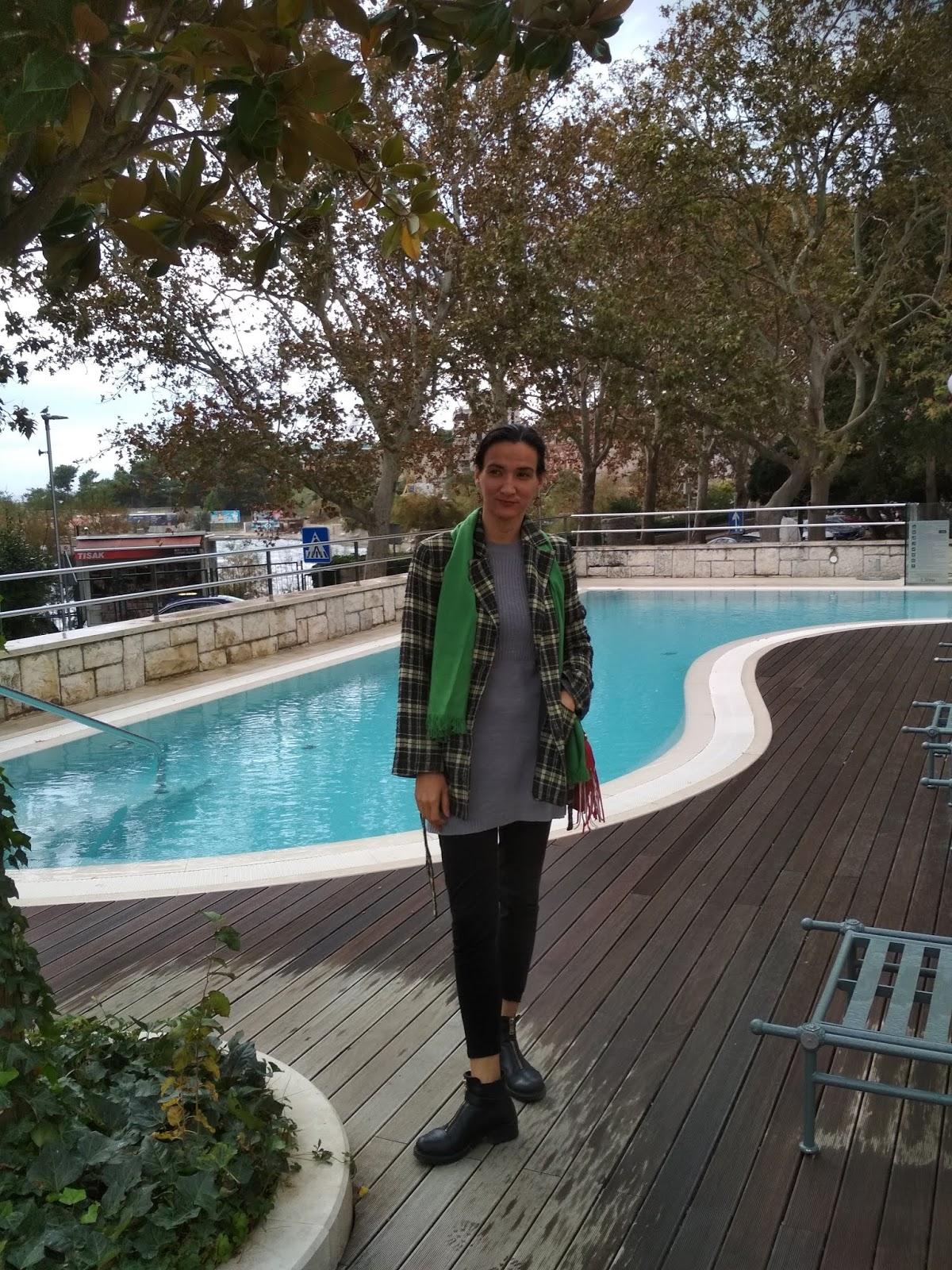 #fashionandlifestyleblog #blogger #split