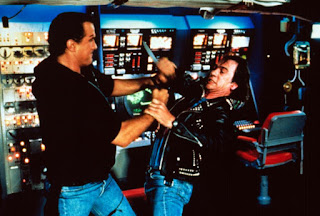 Steven Seagal Tommy Lee Jones Under Siege 1992