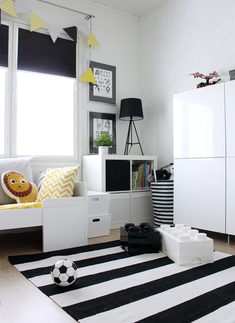 black and white kid's room decor