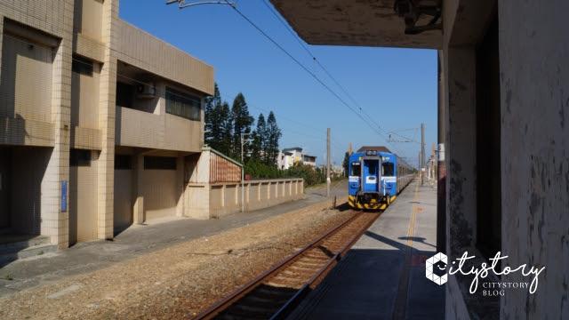 台鐵新埔車站-火車