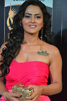 Sraddha in Sleeveless Off Shoulder Pink Dress at IIFA Utsavam Awards March 2017 017.JPG