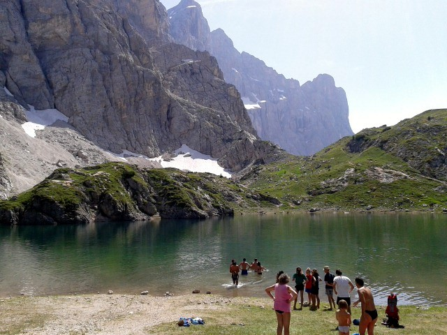 lago coldai e rifugio tissi