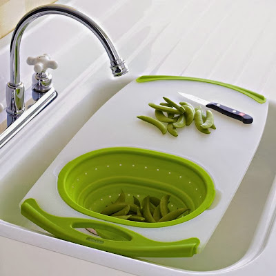 Nonslip Over-the-Washbasin Cutting Board