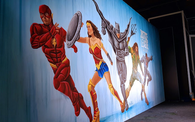 Ben Heine Art for Justice League Movie Release -- Warner Bros Belgium - Live Performance - Facts Comic Con - Kinepolis Exhibition 2017