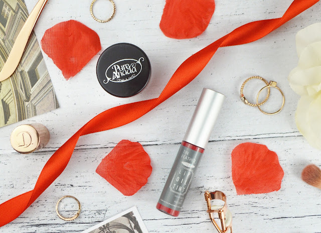 Live In The Light Organic Valentines Beauty | Lovelaughslipstick Blog