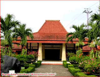 Gambar-Rumah-Adat-Jawa-Barat